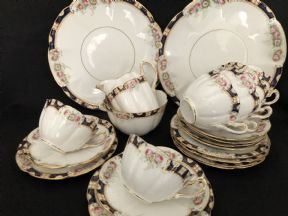 WILLIAM LOWE Court china tea service for six